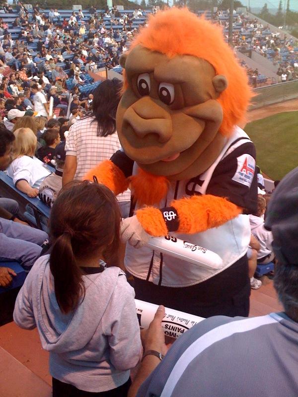 San Jose Giants mascot Gigante