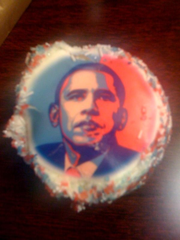 Obama cupcake (slightly jostled)